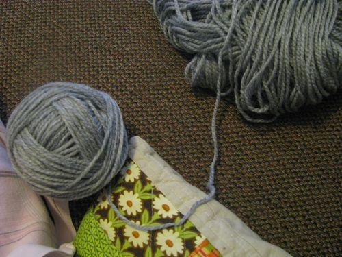 Rolling yarn